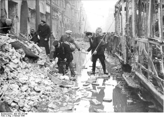Bundesarchiv bild 183 j31346 berlin zerstc3b6rungen in der oranienstrac39fe